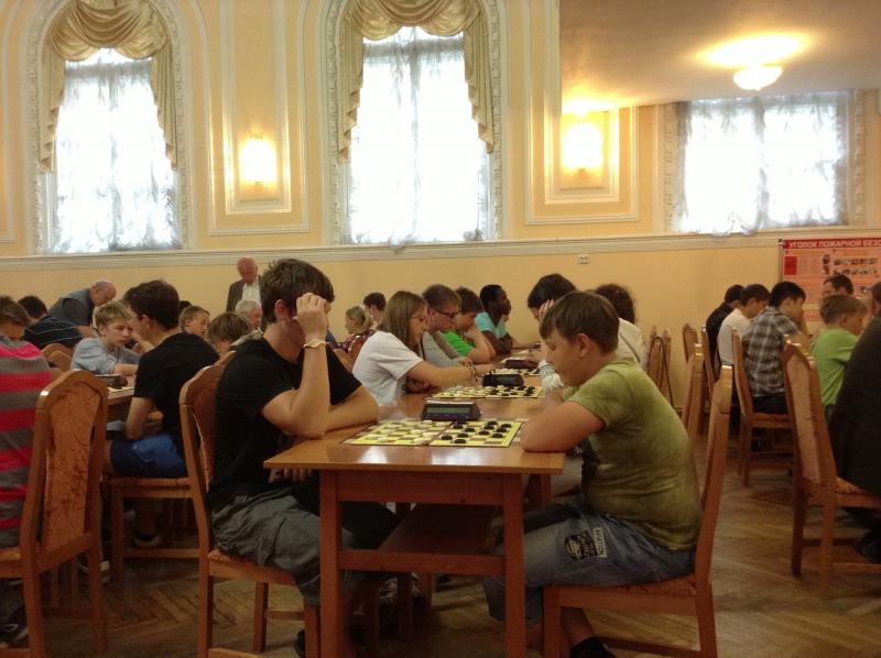Чемпионат гимназии по русским шашкам